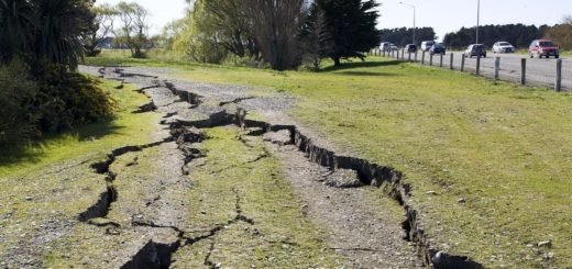 CHRISTCHURCH, NEW ZEALAND - SEPTEMBER 04: Cracks are seen in the earth after a 7.1 magnitude earthquake struck 30km west of the city at 4:35 am this morning September 4, 2010 in Christchurch, New Zealand.  Civil Defence have declared a state of emergency and there has been considerable damage across the city and surrounding areas. (Photo by Joseph Johnson/Getty Images)