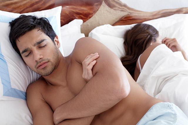 Потом мы пошли с моим мужчиной и легли на кровать.