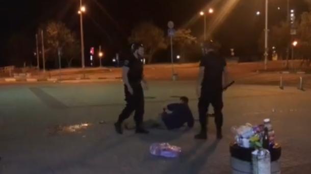 В Івано-Франківську бійці служби охорони жорстоко побили й пограбували відвідувача підпільного казино